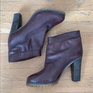 Chloe Brown Leather Ankle Boots 37.5